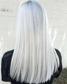 Powder White Blonde ⚬ I\'m always trying new formulas to get that pure white blonde. This is by far the closest I\'ve gotten! #BESCENE #btconeshot_color16