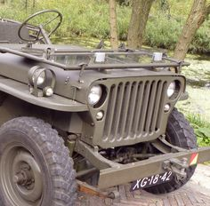 Photos of a few WW2 Willys Jeeps in high-res : theTHROTTLE