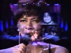 "Natalie and Nat King Cole ""Unforgettable"" 1992 - YouTube"