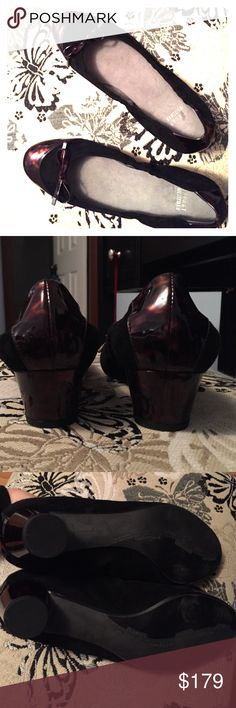 """Stuart Weitzman Size 9 Black Suede Shoes EUC and in near perfect condition.  These are great for the holidays, they are black suede with a tortoise shell colored bow, toe and heel.  The heels are chunky round and a 1-1/2"""" heel.  These are gorgeous on! Stuart Weitzman Shoes Heels"""
