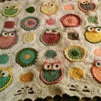 Crocheting : owl blanket