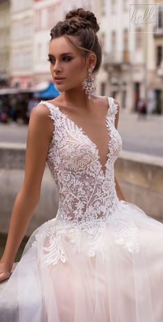 Littea 2019 Blue Mountain Bridal Collection features drop-dead gorgeous silhouettes and wedding dresses that are a perfect fit for the modern bride. Wedding Gowns With Sleeves, Wedding Dresses Plus Size, Dream Wedding Dresses, Bridal Dresses, Making A Wedding Dress, Wedding Dress Gallery, Amazing Wedding Dress, Wedding Dress Patterns, Mermaid Dresses
