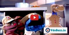 "Cookie Monster Gets Chased By Giant Dinosaur Cookie In This Hilarious ""Jurassic Park"" Parody"