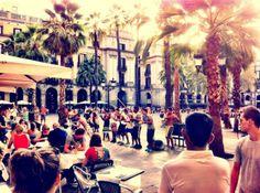 5 things to do in Barcelona (including info on Placa Reial, El Born y El Gotico)