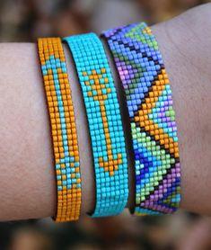 Hand Loomed Colorful Beaded Bracelet With Geometric Pattern - Jade Loom Bracelet Patterns, Bead Loom Bracelets, Bead Loom Patterns, Jewelry Patterns, Beading Patterns, Art Patterns, Beading Ideas, Painting Patterns, Silver Bracelets