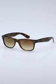 8d5424ae15 Ray-Ban New Wayfarer in Tortoise Ray Ban Sunglasses Outlet