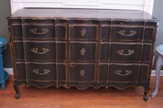 9-Drawer Dresser ~ $599 signature house finish ~ no. 14068 ~ (we ship out-of-state!)