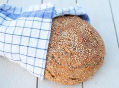 Eltefritt brød med heilkorn frå kveite