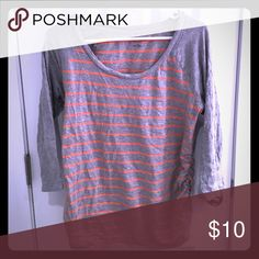 Maternity top Liz Lange Heather grey and tangerine top with 3/4 sleeves. Cute casual top 100% cotton. Large fits more like medium Liz Lange for Target Tops Tees - Long Sleeve