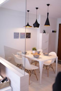 White design Small living : Eames chairs and Tom Dixon pendant lights for dining room Decoration Inspiration, Interior Design Inspiration, Decor Ideas, Small Living, Home And Living, Living Room, Küchen Design, House Design, Dinner Room