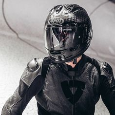 Everything you do, you do with passion and conviction. Live your passion through our 2020 collection. Motorcycle Outfit, Motorcycle Jacket, Sexy Biker Men, Bike Suit, Street Tracker, Article Design, One Piece Suit, Bikers, Cool Suits