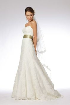 Gorgeous strapless a-line chapel train bridal gowns tanertintin
