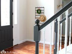 Painted Banister, Black Stair Railing, Stair Banister, Black Stairs, Painted Staircases, White Staircase, Stair Railing Design, Staircase Makeover, Staircase Ideas