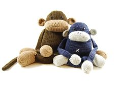I love these little monkeys! LOL!!! Soooo adorable..and this shop has many many MORE who need some sweet lovin'!!! Etsy shop>>>    dangercrafts      Check Out Herman, My First Knitting Pattern!