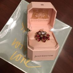 Juicy Couture red flower cocktail ring Gorgeous red flower stone cocktail ring Juicy Couture Jewelry Rings