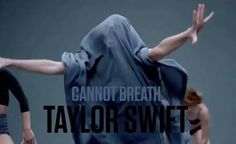 The many styles of Taylor in the Shake It Off video! Lol