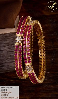Gold Bangles Design, Gold Jewellery Design, Ruby Bangles, Antique Jewellery Designs, Pearl Necklace Designs, Gold Designs, Bangle Set, Bridal Jewelry Sets, Lockets