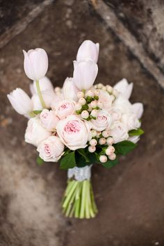 Pink tulip and rose bouquet: http://www.stylemepretty.com/australia-weddings/2013/07/08/byron-bay-wedding-inspiration-from-life-in-bloom-photography-sunshine-confetti/ | Photography: Life in Bloom - http://www.lifeinbloomphotography.com.au/