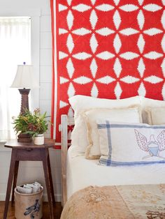 17 Ways to Decorate with Vintage Textiles for Timeless Style Under Bed Storage, Diy Storage, Storage Ideas, Old Dresser Drawers, Rustic Nightstand, Vintage Dishware, Bedroom Red, Master Bedroom, Embroidered Pillowcases