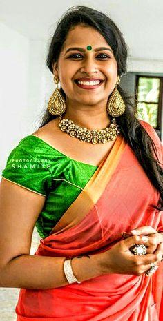 Beautiful Women Over 40, Beautiful Girl Photo, Beautiful Girl Indian, Most Beautiful Indian Actress, Beautiful Outfits, Indian Girls Images, Indian Actress Hot Pics, Culture, Indian Beauty Saree