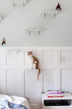 Modern Cat Steps: Simple Stylings built the perfect DIY play place for her cats. Click for the tutorial!