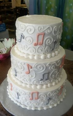 The perfect musical wedding cake