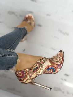 Head over Heels - Tribal Print Peep Toe Thin Heeled Sandals Lace Up Heels, Pumps Heels, Stiletto Heels, Heeled Sandals, Low Heels, Peep Toe Heels, Sandals Outfit, Stilettos, Loafers Outfit