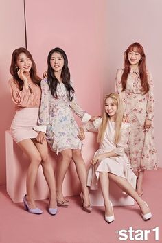 Every photoshoot, they are always together. Kpop Girl Groups, Korean Girl Groups, Kpop Girls, Seulgi, Singing In The Rain, Thing 1, Olivia Hye, Bridesmaid Dresses, Wedding Dresses