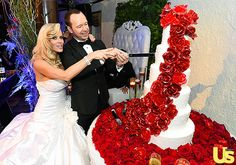 Jenny McCarthy and Donnie Wahlberg ordered a towering cake made by Chicago bakery All Chocolate Kitchen.