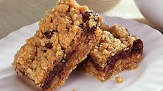 Enjoy these pear bars made with Betty Crocker® oatmeal cookie mix and chocolate chips. A dessert baked to perfection.