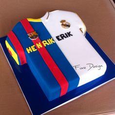 Real Madrid or Barcelona !?! Fans cake
