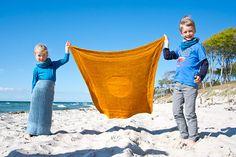 Matariki Blanket Free Knitting Pattern in both English and German