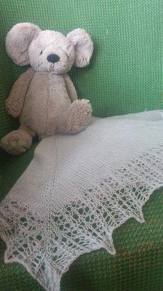 Free Pattern: Ava's Memory Blanket by Auroraknit