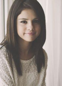Selena Gomez...beautiful hair. i want to cut my hair like this