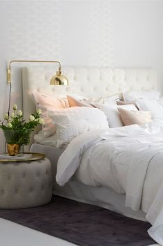 5 Thriving Hacks: Bedroom Remodel On A Budget Paint Colors small bedroom remodel stairs.Small Bedroom Remodel How To Build. Fall Bedroom Decor, Home Bedroom, Bedroom Furniture, Bedrooms, Bedroom Ideas, Modern Bedroom, Bedroom Inspiration, Girls Bedroom, Modern House Design