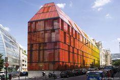 Advancia: Ecole d'Enseignement Superieur Advancia de Paris rue Armand Moisant and rue Antoine Bourdelle Paris, France Artist: Architecture S...