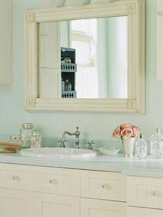 Shabby Chic Badezimmer in Babyblau Hellrosa und Vanille Creme ! Shabby Chic Living Room, Shabby Chic Bedrooms, Bathroom Inspiration, Bathroom Ideas, Bathroom Makeovers, Mint Bathroom, Cozy Bathroom, Bathroom Colors, Bathroom Designs