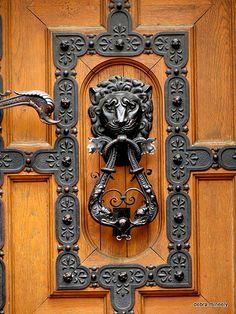 door - st istvans - budapest