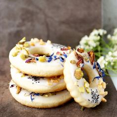 Spring Bloom Cookie Wreaths Recipe by misshangrypants on #kitchenbowl