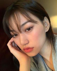 DOYEON can we just appreciate her eve. Korean Makeup, Korean Beauty, Asian Beauty, Good Morning To Her, Korean Girl Photo, Kim Doyeon, Ulzzang Korean Girl, Just Girl Things, Everyday Makeup
