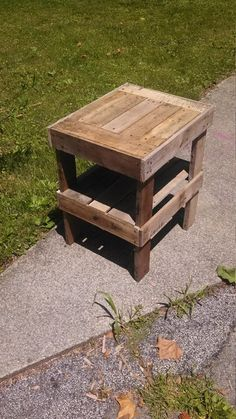 Pallet table Kevin made...