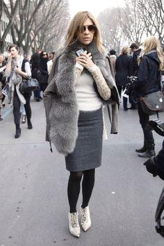 raniahabib: Carine roitfeld (Riches for Rags) Mature Fashion, Fur Fashion, Fashion Books, Paris Fashion, Skirt Fashion, Style Fashion, Isabella Blow, Anna Dello Russo, Pencil Skirt Outfits