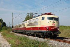 Electric Locomotive, Diesel Locomotive, Europa Express, Db Bahn, Union Pacific Train, Third Rail, Station To Station, Train Truck, Electric Train