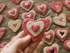 valentine day cookie tins