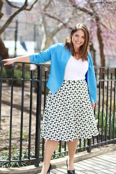 Light blazer   maxi skirt for those cooler summer afternoons. #DiaStyleInspo