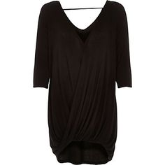 Black 3/4 sleeves drape front top ?26.00