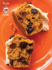 Bird On A Cake: Pumpkin Chocolate Chip Cupcakes