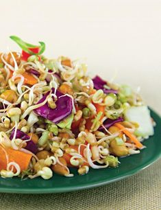 Sprouts and vegetable salad, keep yourself satiated and full with this salad with a winning combination of sprouts and veggies. Sprouts are rich in iron and vitamin b-complex, making this a great weig Healthy Salad Recipes, Diet Recipes, Vegetarian Recipes, Cooking Recipes, Baby Recipes, Healthy Smoothies, Fodmap, Lemon Dressing Recipes, Indian Salads