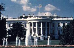https://flic.kr/p/7voau7 | Casa Blanca | La casa Blanca de USA: es la residencia oficial y principal lugar de trabajo del presidente de los Estados Unidos.  La Casa Blanca se basó en el proyecto de la Villa Rotonda de Palladio. Es de estilo renacentista neogriego o neoclásico en América, que fue ideado por George Washington y construido en 1790.