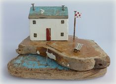 Driftwood sculpture by Kirsty Elson of sixtyonea